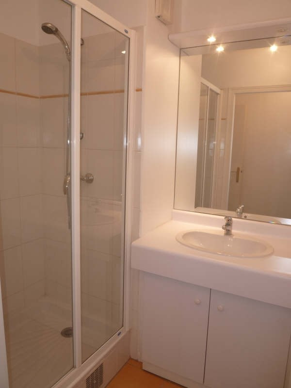 Rental apartment Asnieres sur seine 1952€ CC - Picture 3