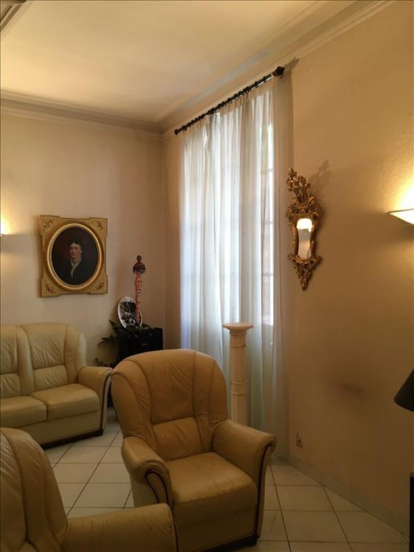Investment property house / villa Monclar de quercy 262000€ - Picture 2