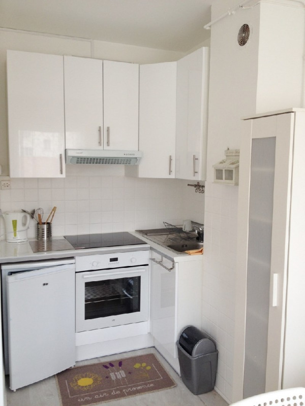 Location appartement Lyon 6ème 870€ CC - Photo 6