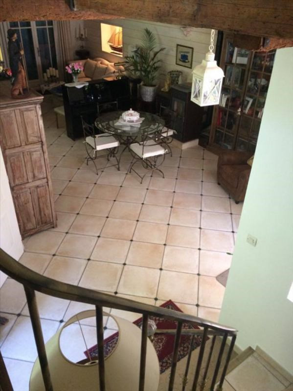 Vente maison / villa Auriol 439000€ - Photo 7
