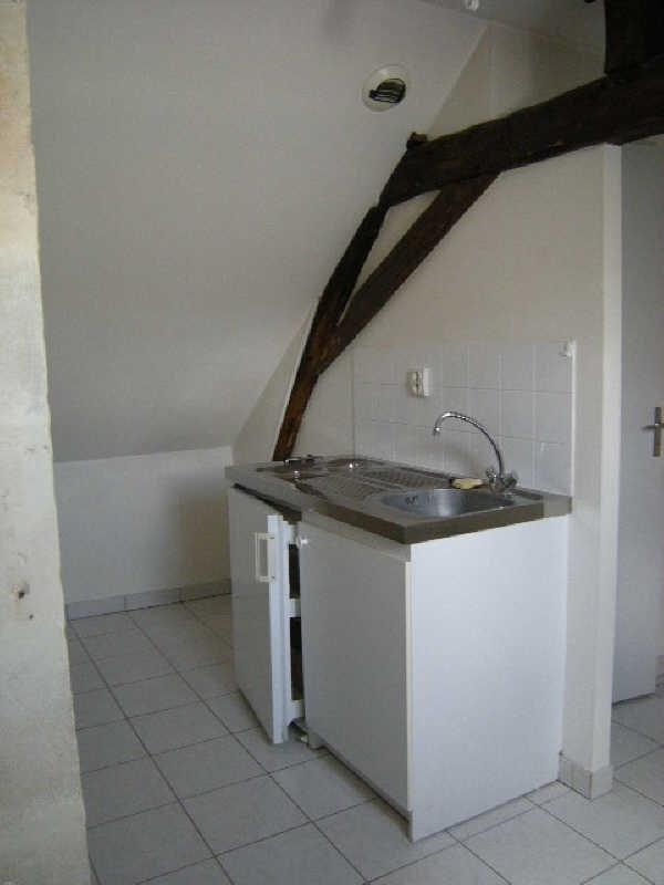 Location appartement Chatellerault 318€ CC - Photo 2