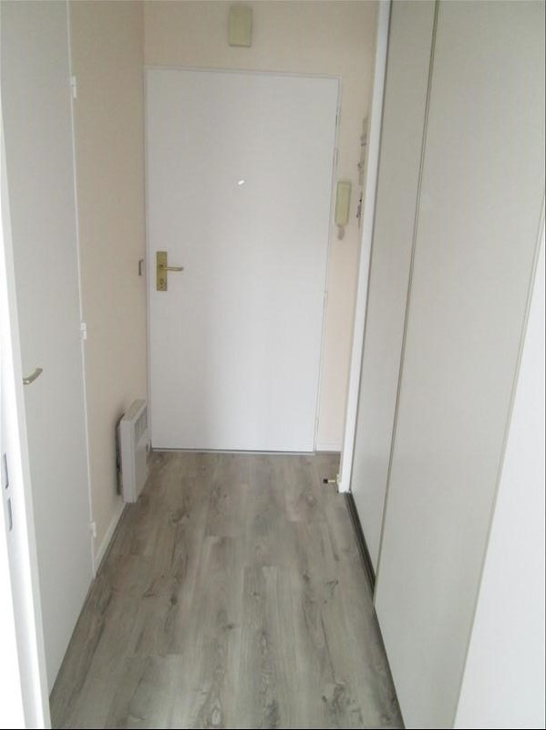 Location appartement Jouy en josas 753€ CC - Photo 5