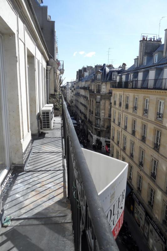 Rental apartment Paris 8ème 2680€ CC - Picture 2
