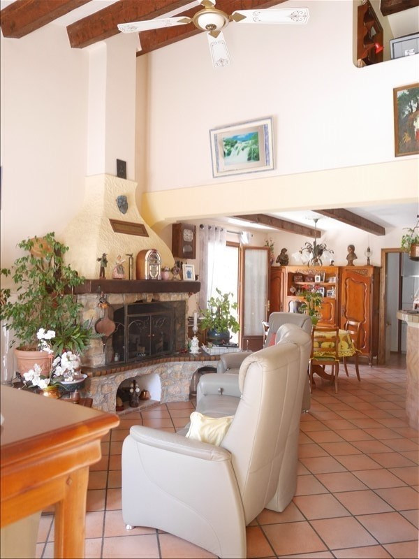 Sale house / villa Chateauneuf le rouge 518 000€ - Picture 5
