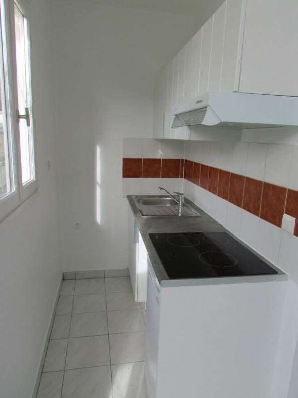 Rental apartment Champigny sur marne 699€ CC - Picture 3