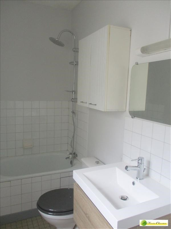 Rental apartment Angouleme 290€ CC - Picture 4