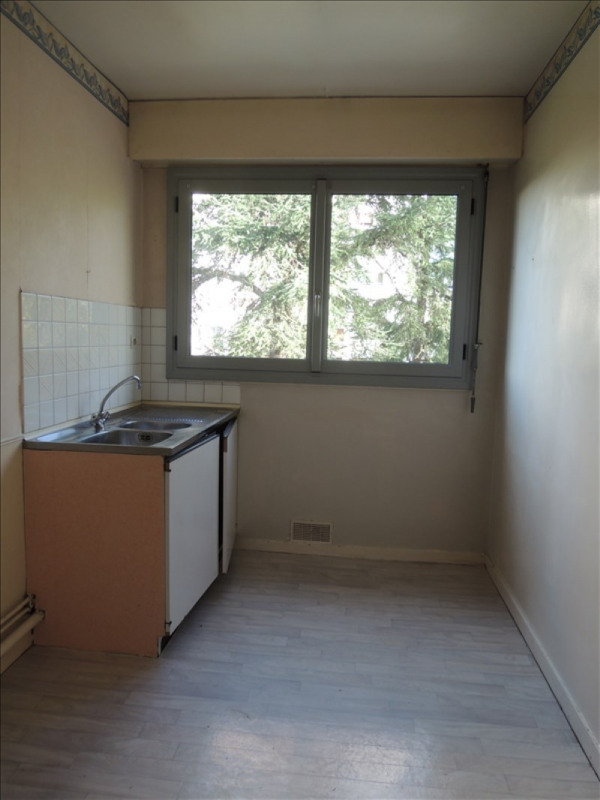 Location appartement Poitiers 576€ CC - Photo 4