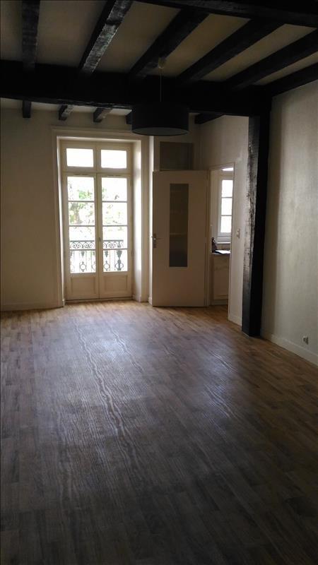 Location appartement Retiers 391€ CC - Photo 2
