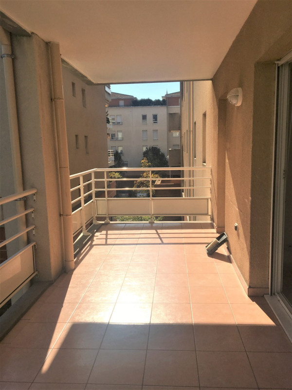 Location appartement Aubagne 955€ CC - Photo 1