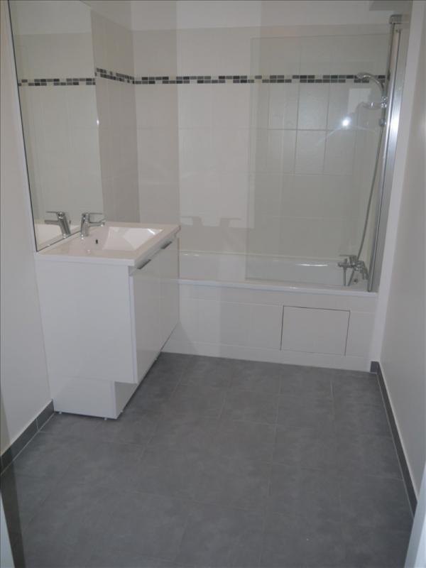 Locação apartamento Acheres 743€ CC - Fotografia 5