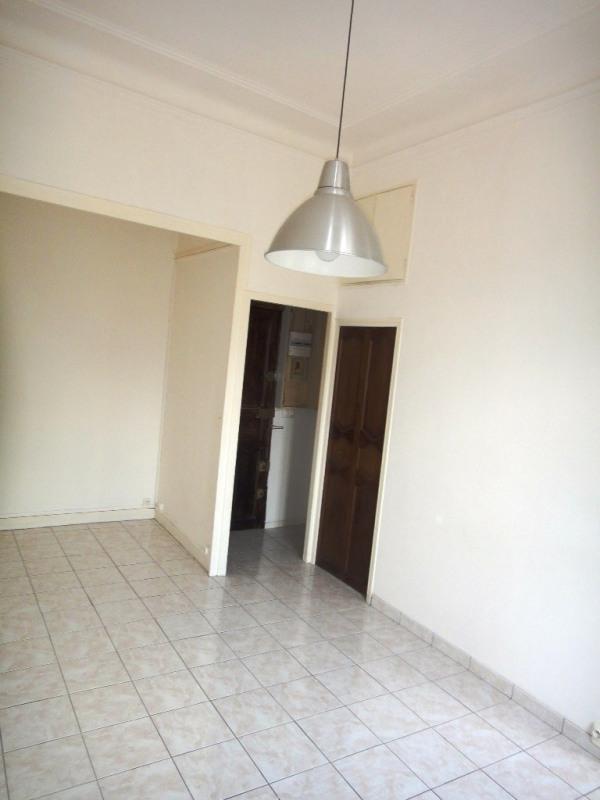 Location appartement Marseille 4ème 450€ CC - Photo 2
