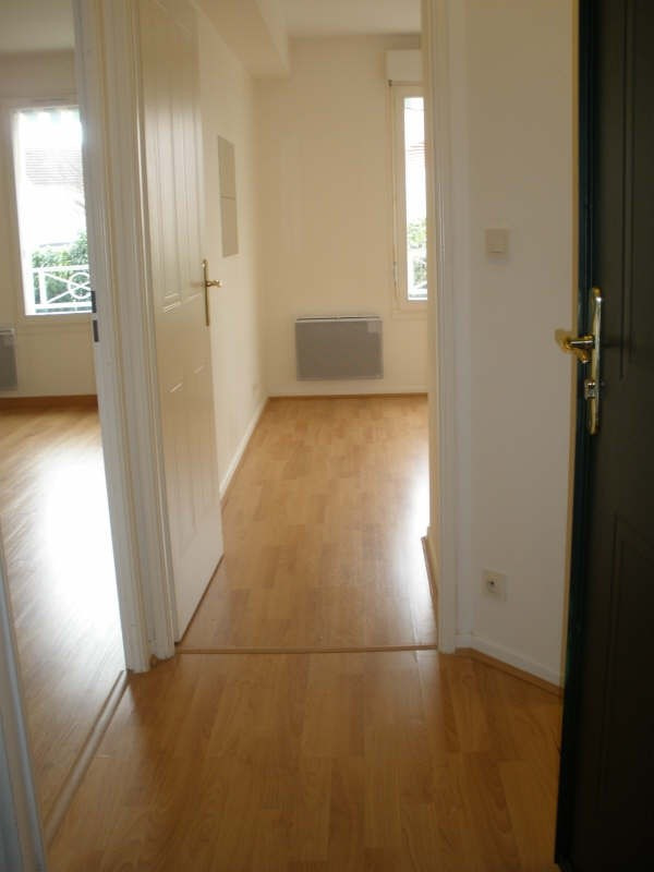Location appartement Andresy 750€ CC - Photo 3