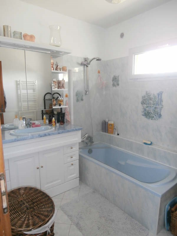 Location maison / villa Manosque 920€ CC - Photo 4
