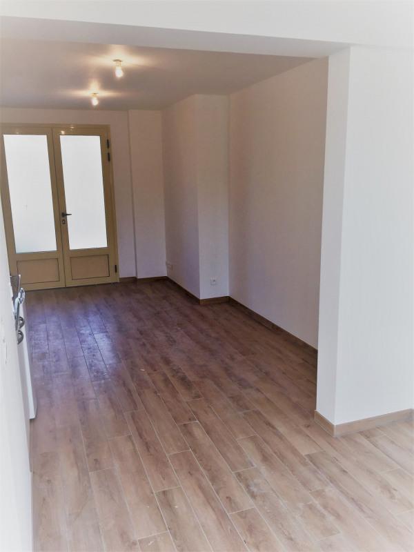 Rental apartment Auvers-sur-oise 565€ CC - Picture 7