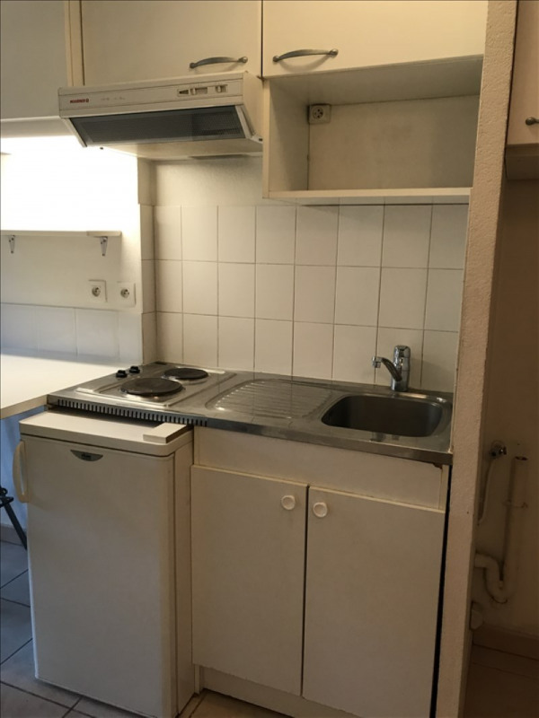 Location appartement Aix en provence 670€ CC - Photo 5