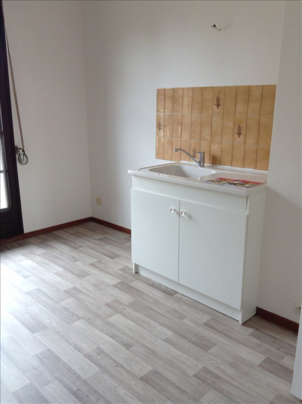 Location appartement Auxerre 625€ CC - Photo 2