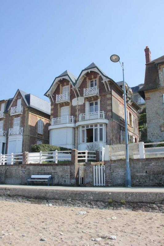 Deluxe sale house / villa Villers sur mer 598000€ - Picture 2