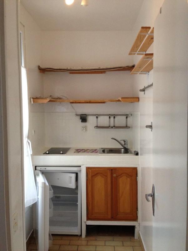 Location appartement Paris 11ème 830€ CC - Photo 2