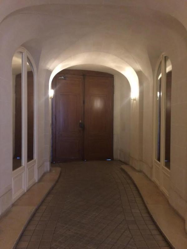 Alquiler  apartamento Paris 8ème 3445€ CC - Fotografía 12
