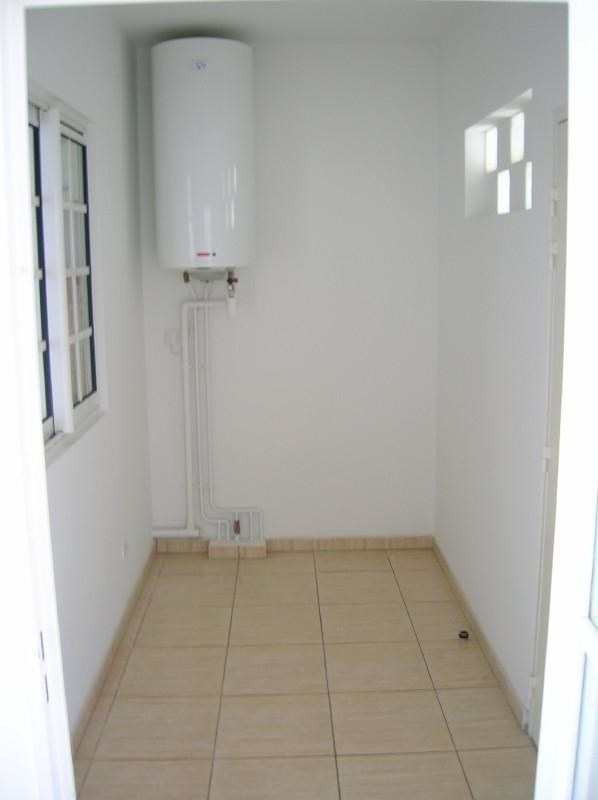 Sale apartment Le tampon 95 000€ - Picture 6
