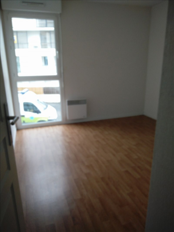 Location maison / villa Saint nazaire 640€cc - Photo 4