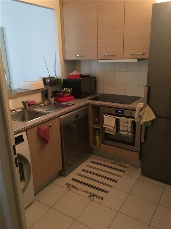 Rental apartment Paris 9ème 1780€ CC - Picture 2