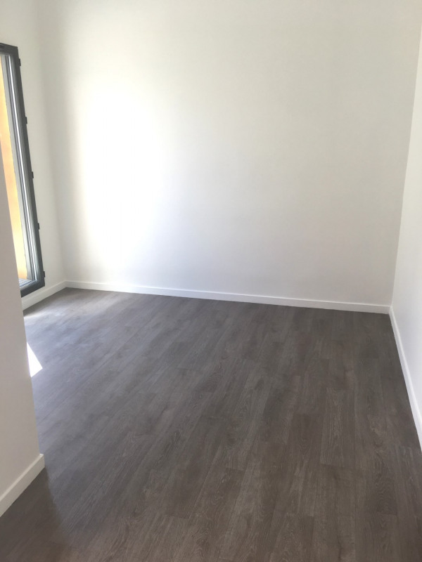 Rental office Montreuil 850€ CC - Picture 9