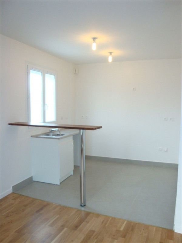 Rental apartment Vernon 783€ CC - Picture 2