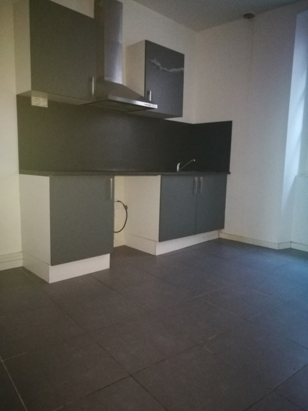 Location appartement Melun 655€ CC - Photo 2