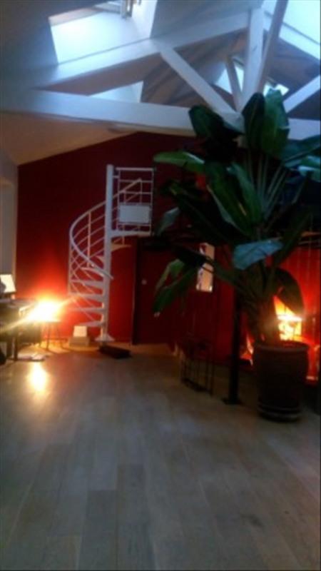 Locação apartamento Paris 18ème 2350€ CC - Fotografia 1