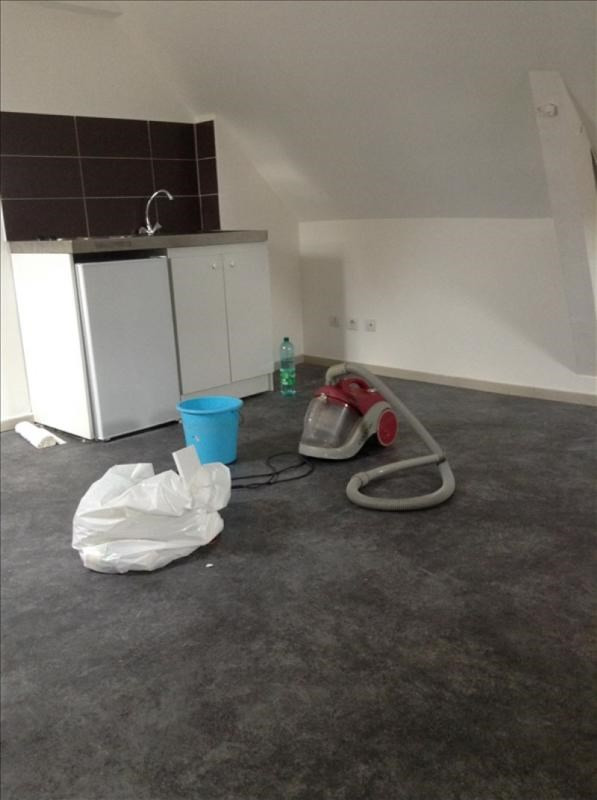 Location appartement St quentin 290€ CC - Photo 3