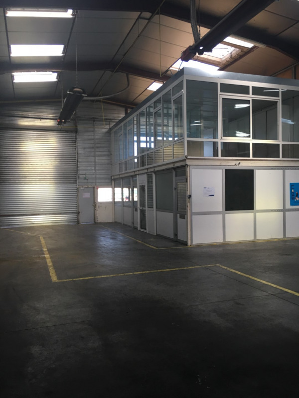 Location local commercial Toury 4956€ HT/HC - Photo 10