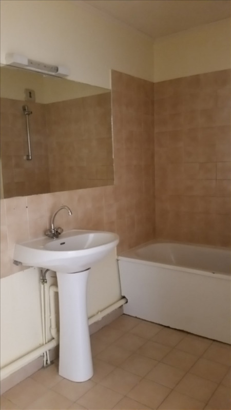 Rental apartment Sete 450€ CC - Picture 5