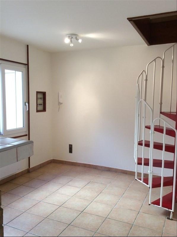 Alquiler  apartamento Vergeze 430€ CC - Fotografía 1