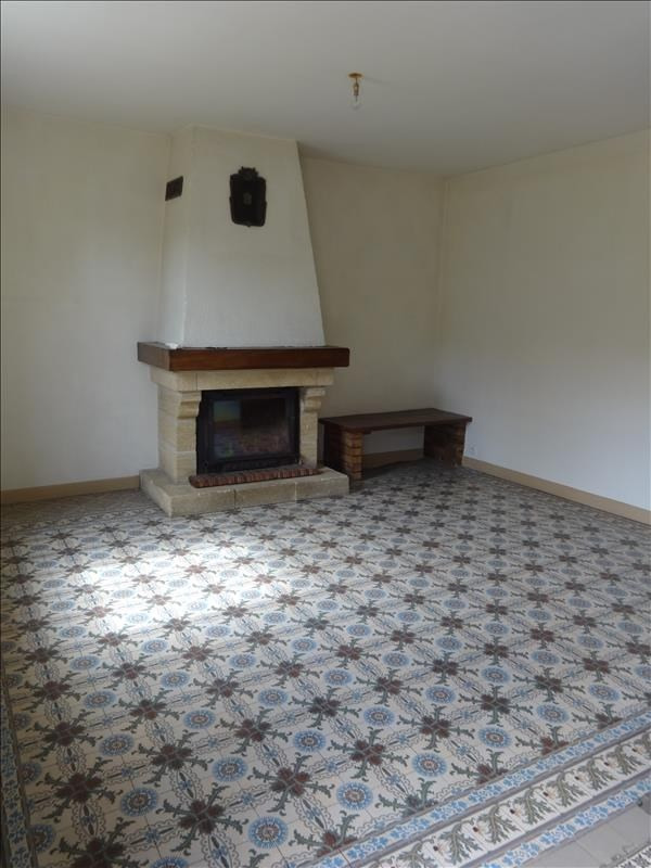 Rental house / villa St marcel 875€ CC - Picture 2