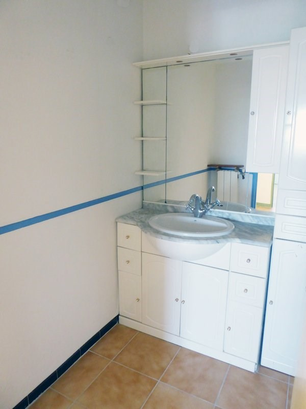 Sale apartment Maurepas 155000€ - Picture 4