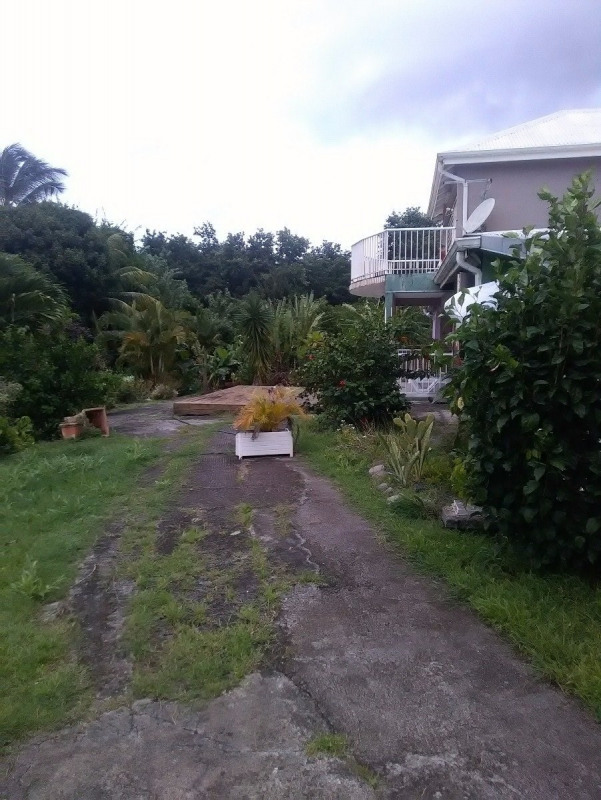Investment property house / villa Trois rivieres 390000€ - Picture 13