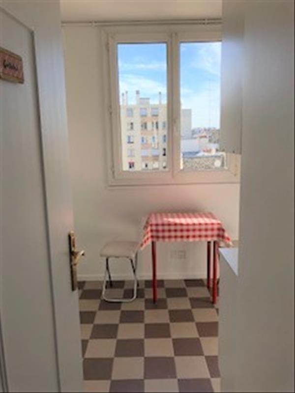 Sale apartment Paris 18ème 439000€ - Picture 2