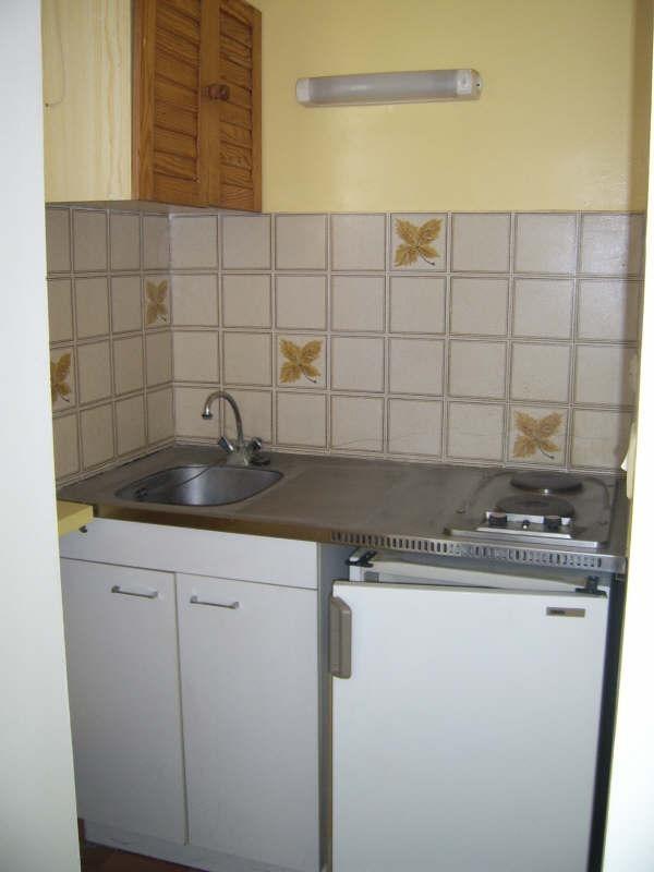 Verhuren  appartement Nimes 275€ CC - Foto 4