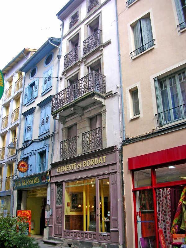 Rental apartment Le puy en velay 351,75€ CC - Picture 3