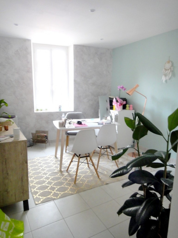 Location appartement Vinon-sur-verdon 350€ CC - Photo 1