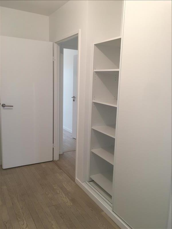 Verhuren  appartement La plaine st denis 1195€ CC - Foto 4