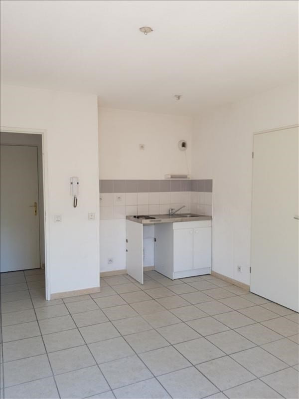 Sale apartment Aubagne 133 000€ - Picture 3