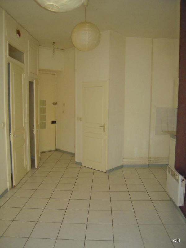 Rental apartment Lyon 6ème 636€ CC - Picture 4