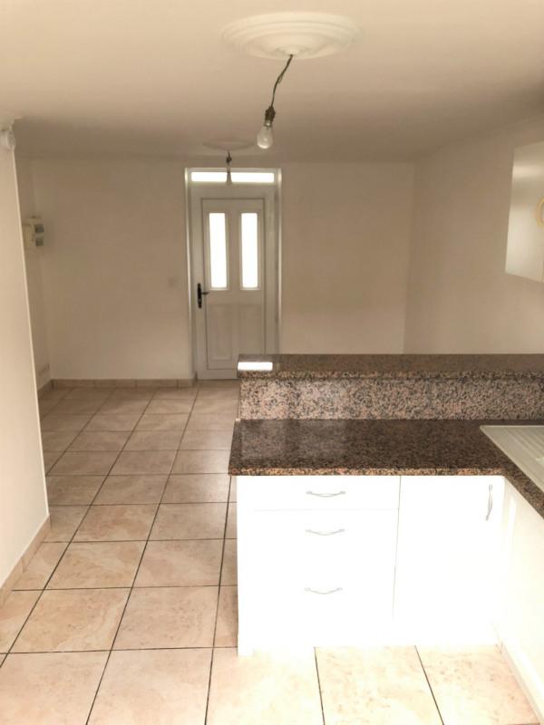 Rental apartment Méry-sur-oise 740€ CC - Picture 2