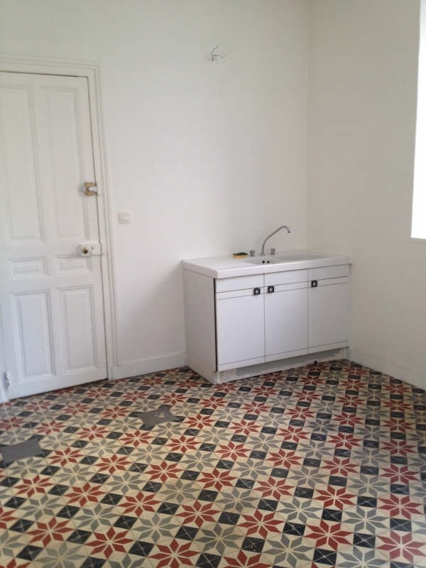 Location local commercial Caen 628€ HT/HC - Photo 3