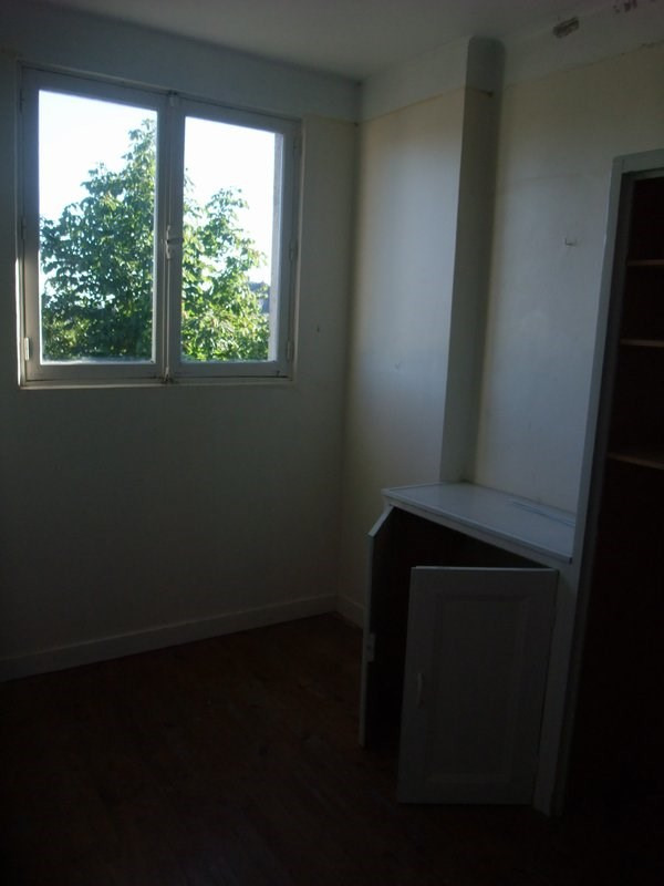 Location appartement Periers 360€ CC - Photo 4