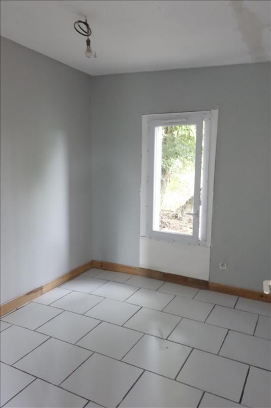 Sale house / villa Laruscade 92000€ - Picture 6