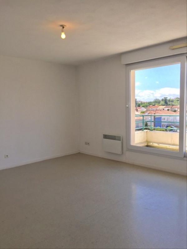 Location appartement Niort 418€ CC - Photo 2