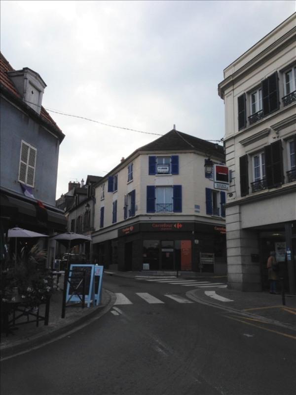 Location appartement Montlhery 690€ CC - Photo 1
